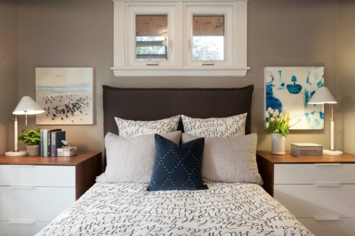 Tr traditional bedroom designs for couples - Compact And Traditional Bedroom From Hgtv S Income Property For More Photos Visit Scottmcgillivray Com