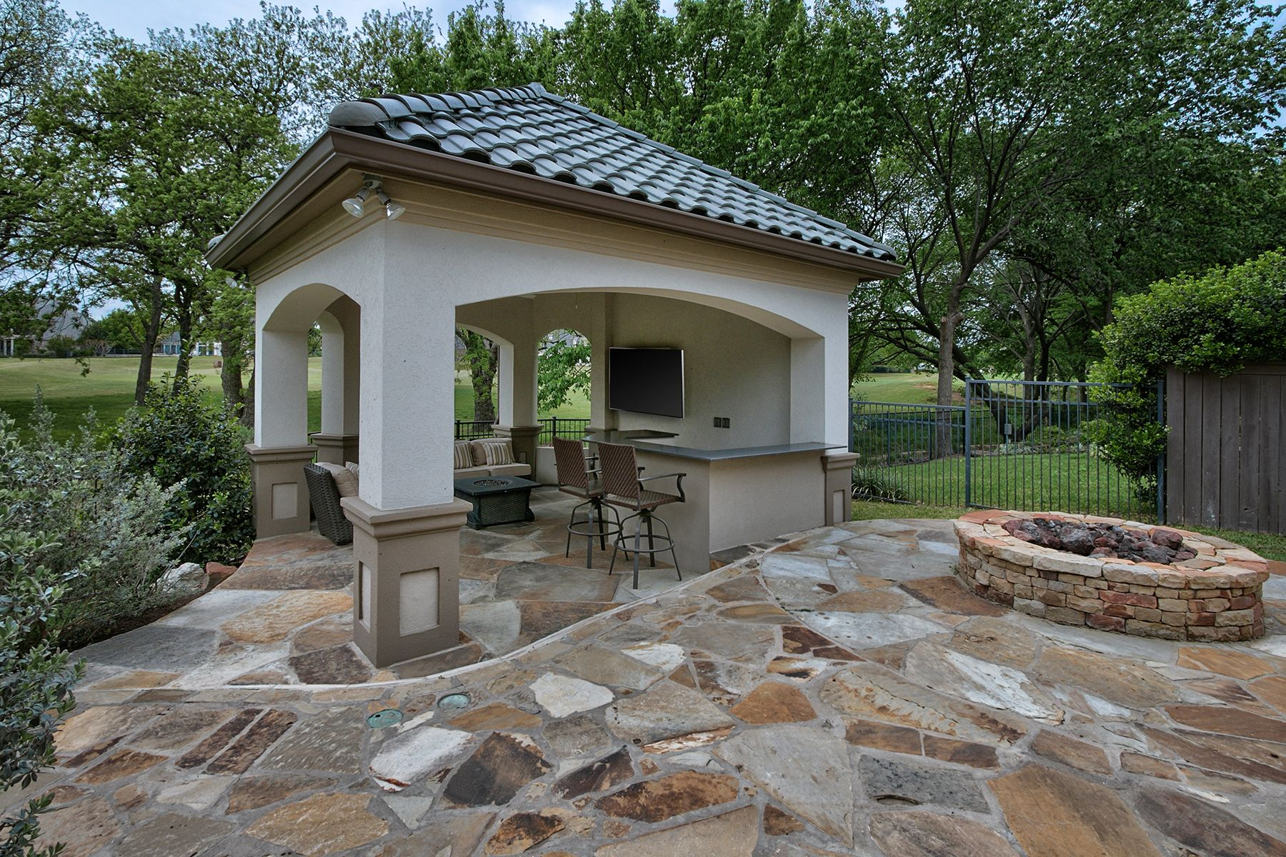 Backyard outdoor living area, covered entertaining gazebo ... on Retreat Outdoor Living id=75197