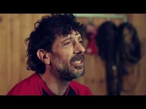 """#PUNK #CROWDFUNDING - Vídeo de campaña para Manolo Kabezabolo Nuevo disco de 30 aniversario + videoclip. MK celebra este 2014 sus treinta años de trayectoria. Para ello, junto a su actual banda, Los Ke No Dan Pie Kon Bolo, está preparando un disco muy especial con temas nuevos y alguna que otra sorpresa bajo el título de """"Si Todavía Te Kedan Dientes, Es Ke No Estuviste Ahí"""". Crowdfunding Verkami http://www.verkami.com/projects/8393-manolo-kabezabolo-nuevo-disco-de-30-aniversario-videoclip"""