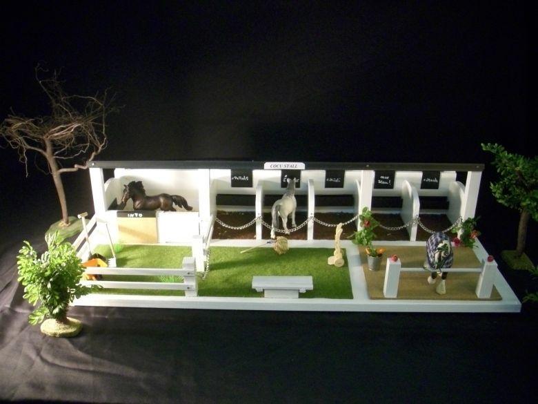 reitst lle f r schleichpferde cocu der kinderpferdeladen spielsachen. Black Bedroom Furniture Sets. Home Design Ideas