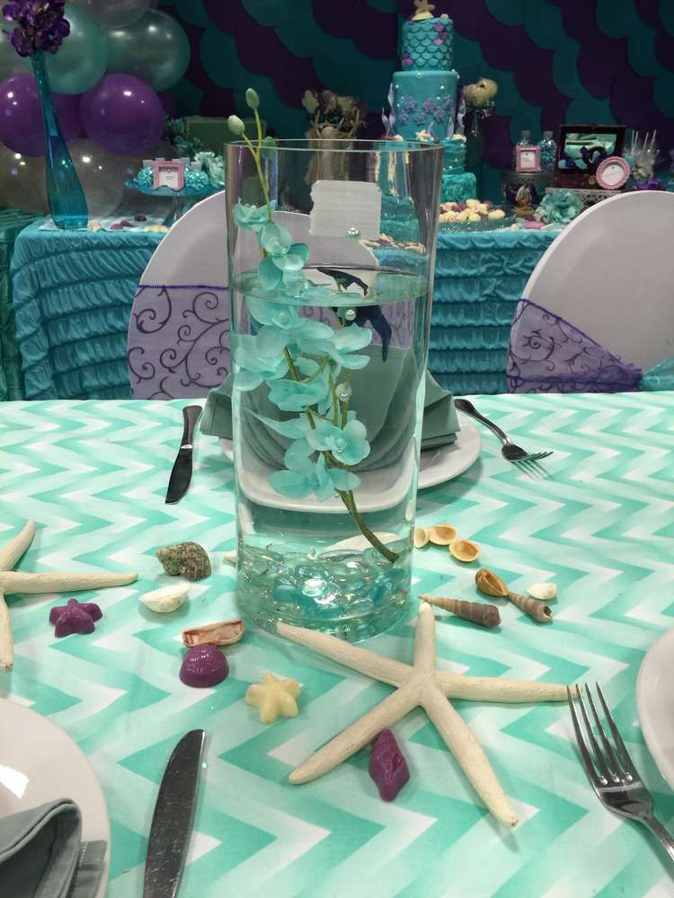 Mermaid centerpiece water vase and sea shells mermaid for Water decoration ideas