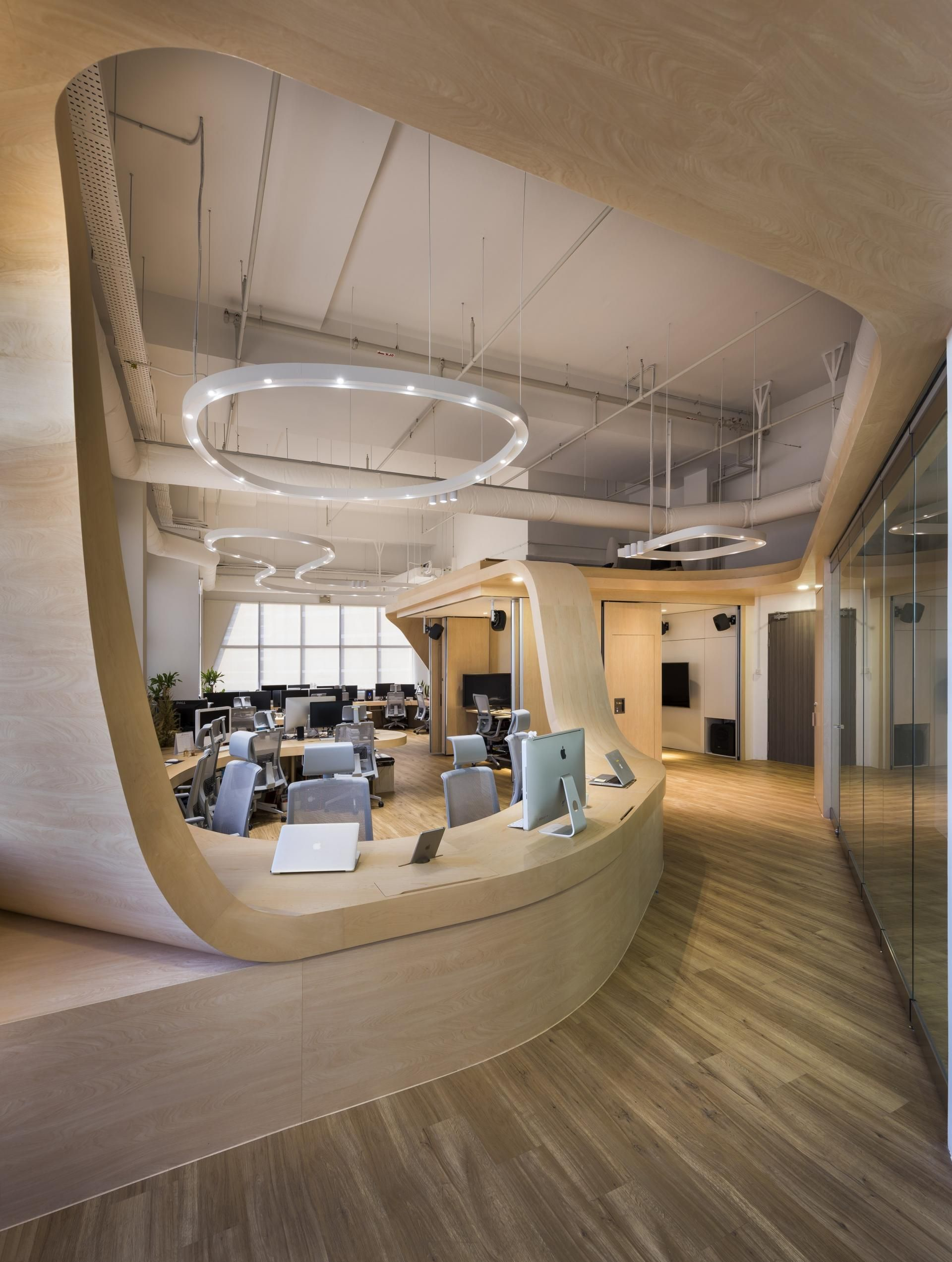 the creative office. THE LITTLE RED ANTS: LOOPING CREATIVE STUDIO By PRODUCE Workshop\u2026 The Creative Office I