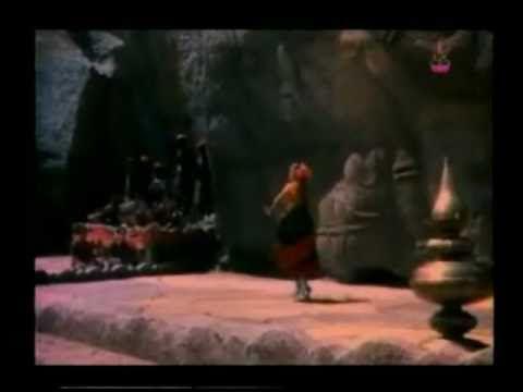 Hamsa Geethe (1975) Classical Dance - English Subtitles