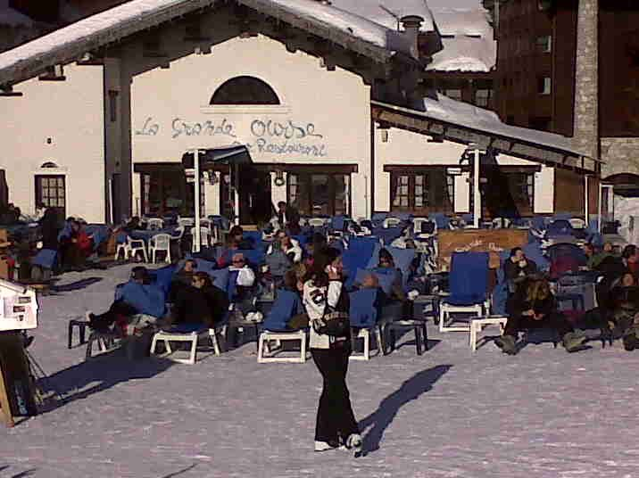 La Grande Ourse Val D Isere The Good Place Restaurant Bar Scenes