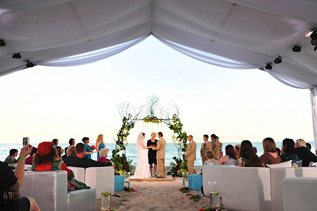 Miami Beach Wedding Tent. White Aqua and Green Wedding Ceremony. . & Miami Beach Wedding Tent. White Aqua and Green Wedding Ceremony ...