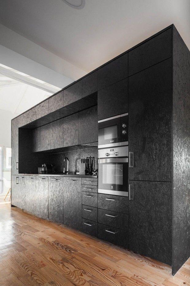 Grange Transformee En Maison Par Ines Brandao Journal Du Design Maisons En Forme De Boite Interieur Moderne De Cuisine Interieur De Cuisine