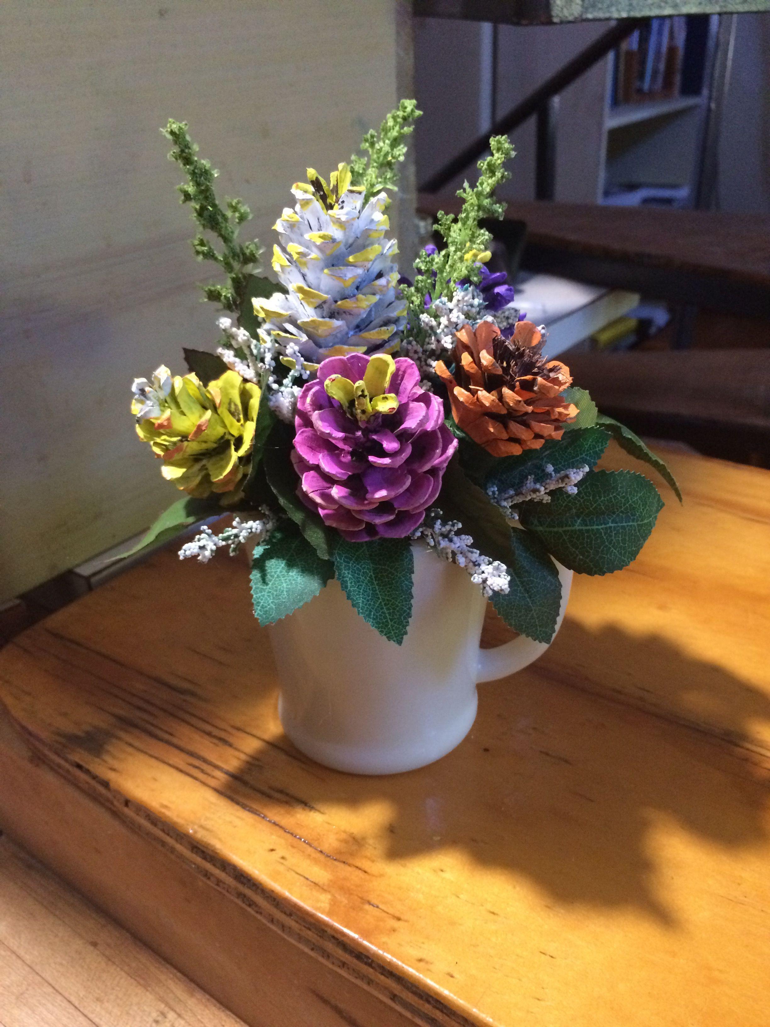 Pinecone Flower Arrangement By Cat Kreativ Hobbi Fenyotoboz Dekoracios Otletek