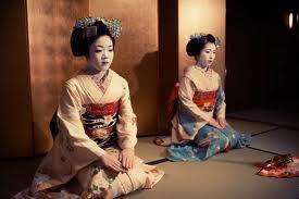 Google Image Result for http://cdn.lightgalleries.net/4bd5ec1ad73bb/images/geisha_011-1.jpg