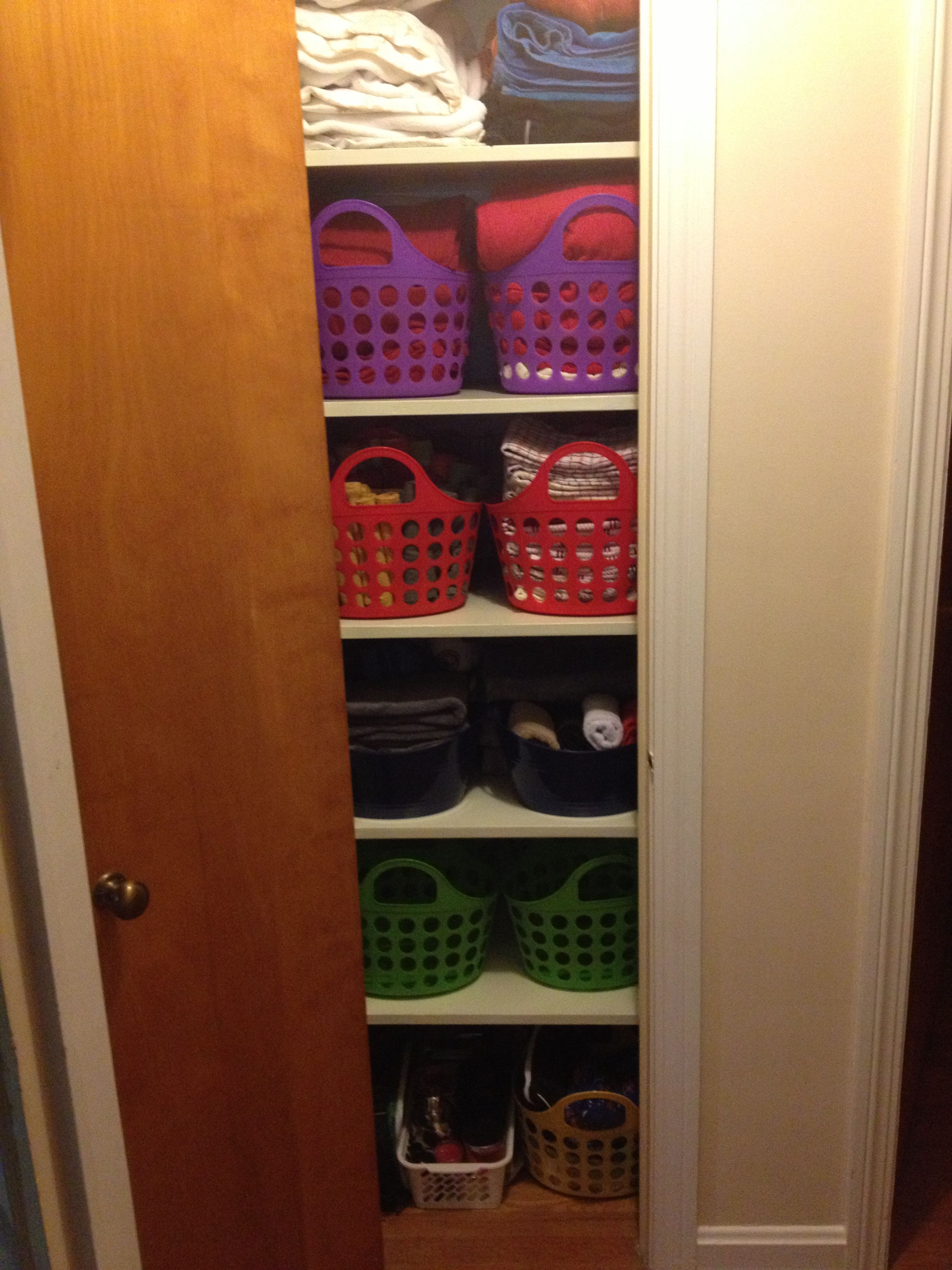 Dollar Tree Baskets Used For Linen Closet Organization Linen Closet Home Organization Closet Organization