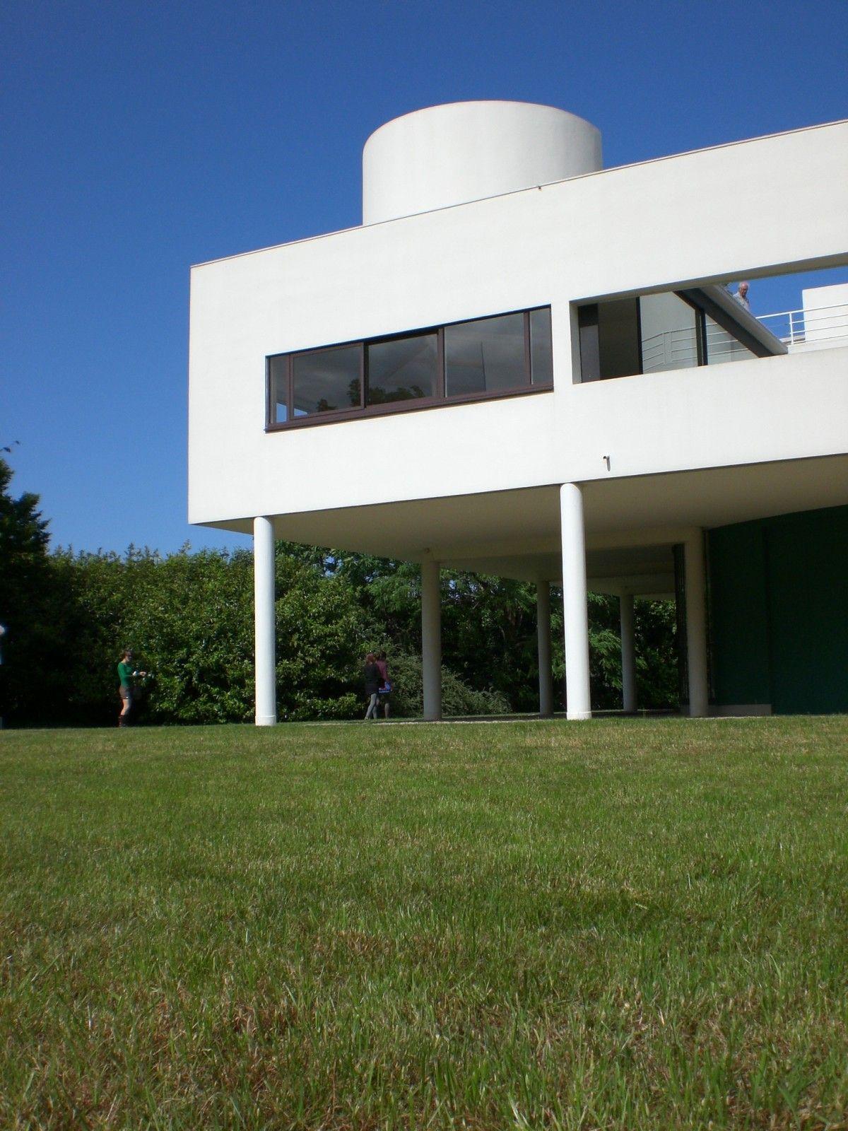 Poissy - La Villa Savoye de Le Corbusier | Le corbusier, Villas ...