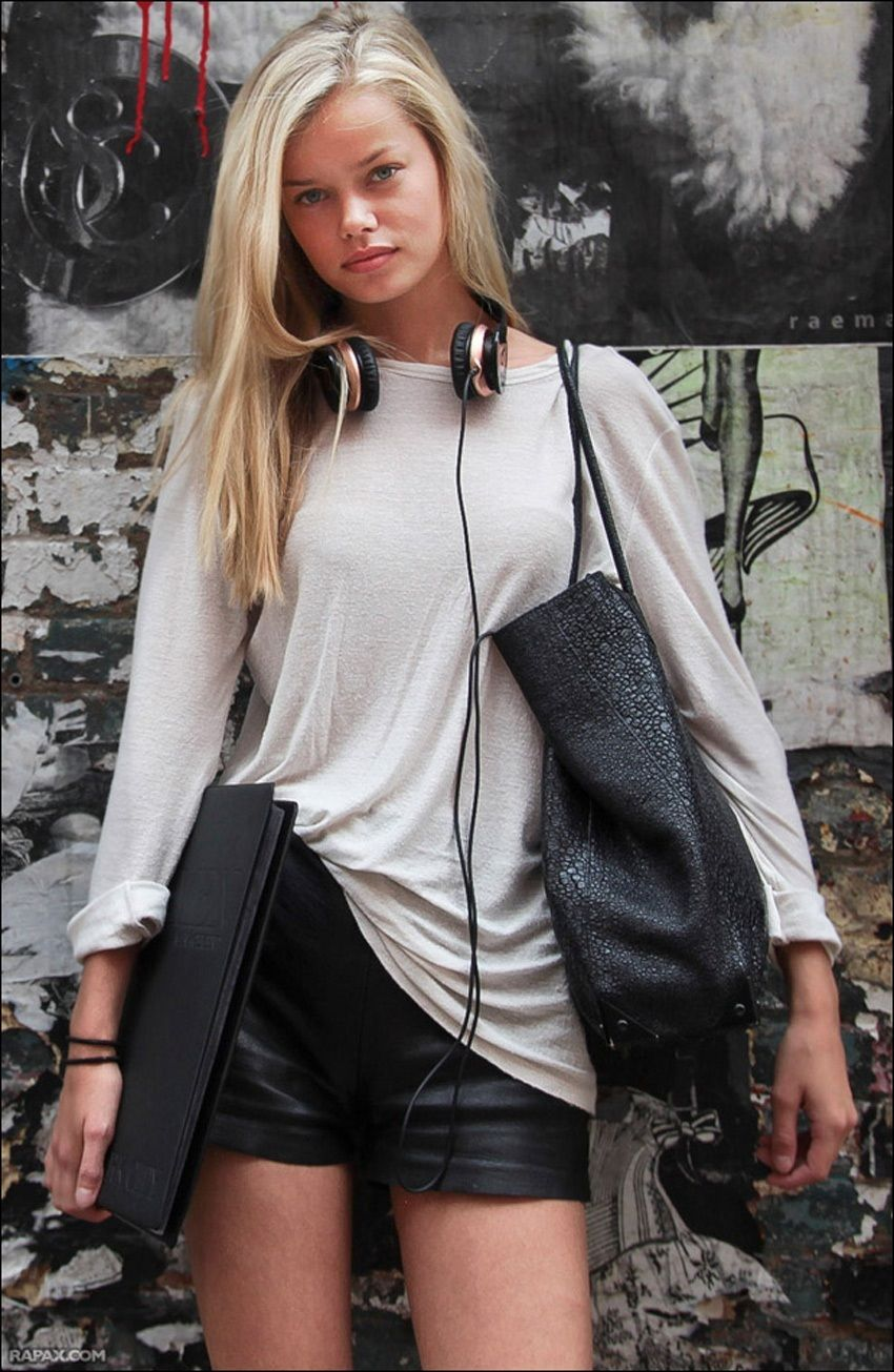 Frida Aasen Fashion, Street style, Top outfits