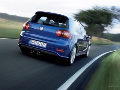 Beautiful Car Volkswagen Golf 4 Wallpaper For Desktop Full Hd 3d 5 Gti Beetle Last Classic Model Bio Runner Bleu Sport Concept Ecoracer