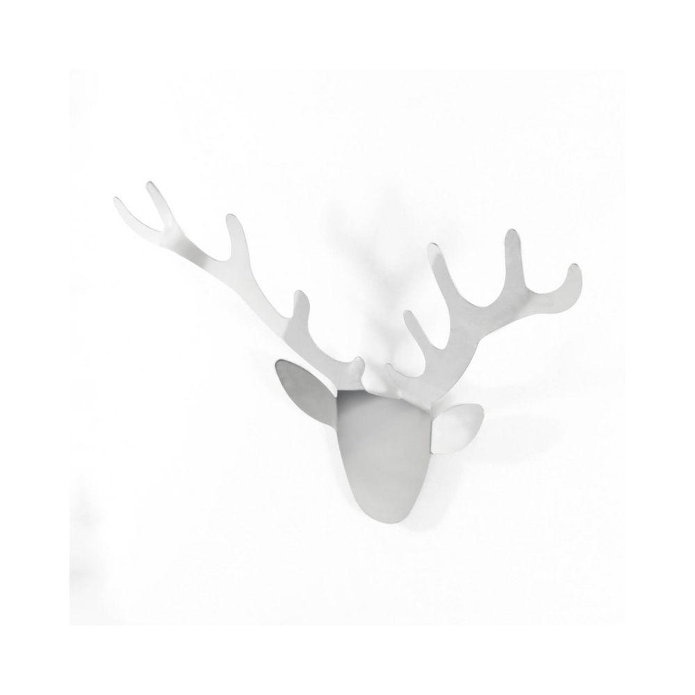 Ambiente Direct trophäe wall mounted coatrack radius designbüro yuniic