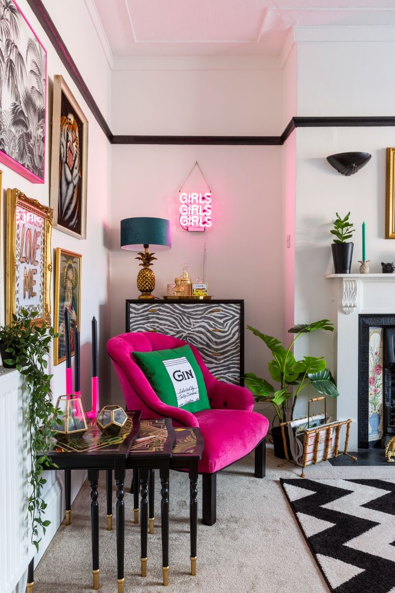 Photo of 7 Ways to Add Colour To a Rental When it Needs a Makeover