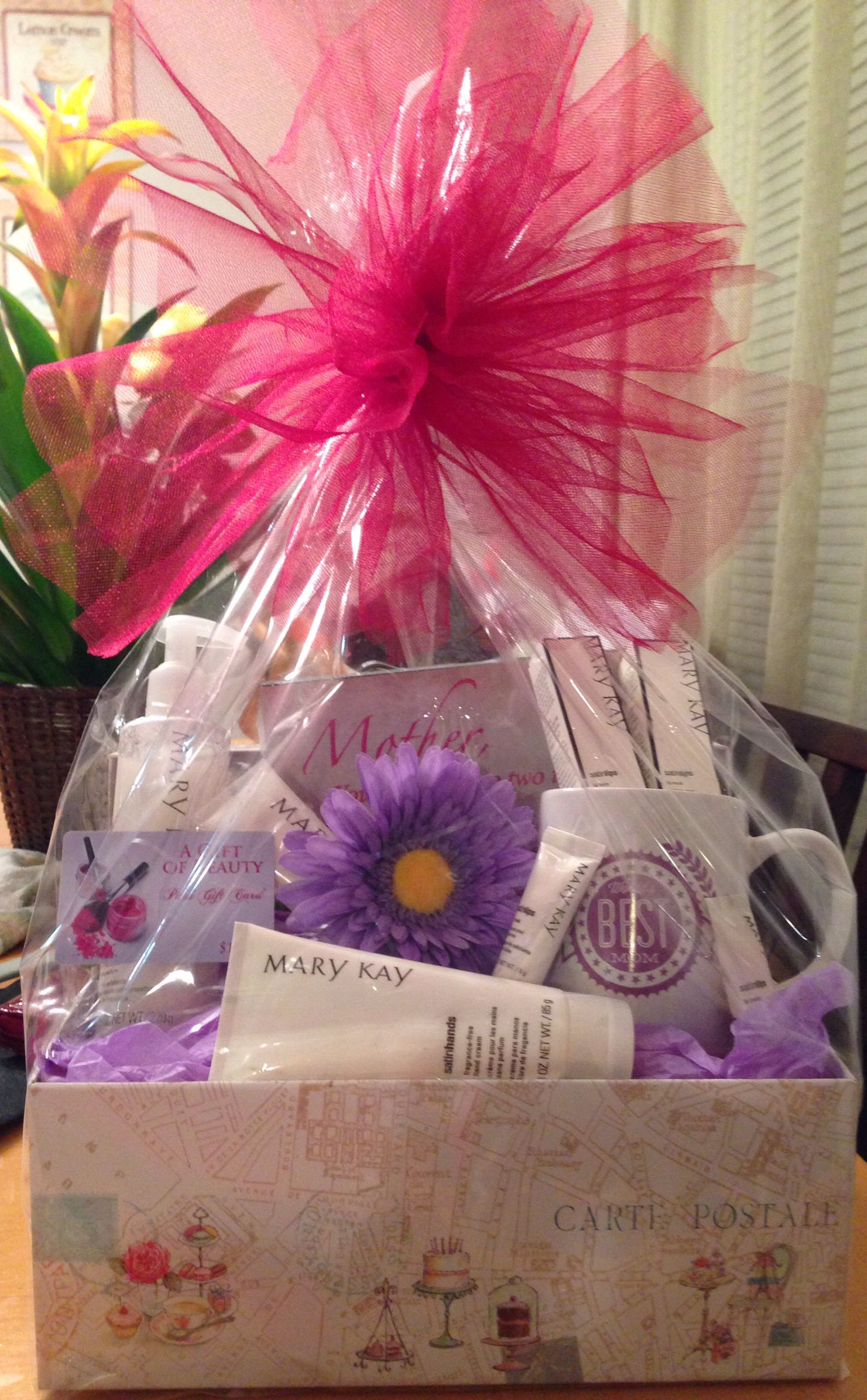 Mother S Day Gift Basket With Images Mary Kay Gifts Mother S