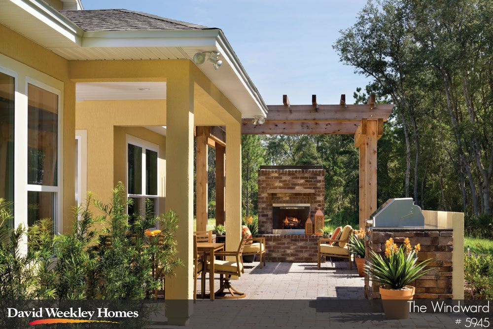Outdoor Living With Covered Patio Kitchen And Fireplace The Windward In Jacksonville Fl Landhaus Haus