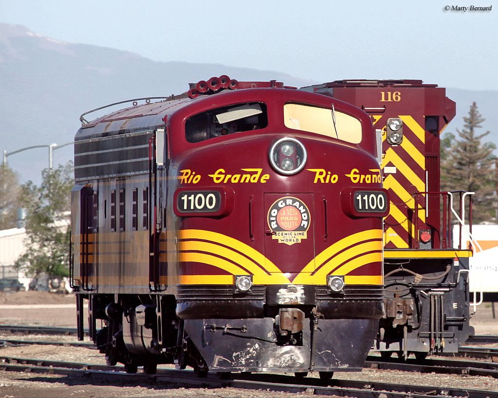The Rio Grande Scenic Railroad Began Only In 2006 Hosting Tourist And Dinner Trains On Former Rio Grande Trackage Scenic Railroads Train Pictures Train Posters