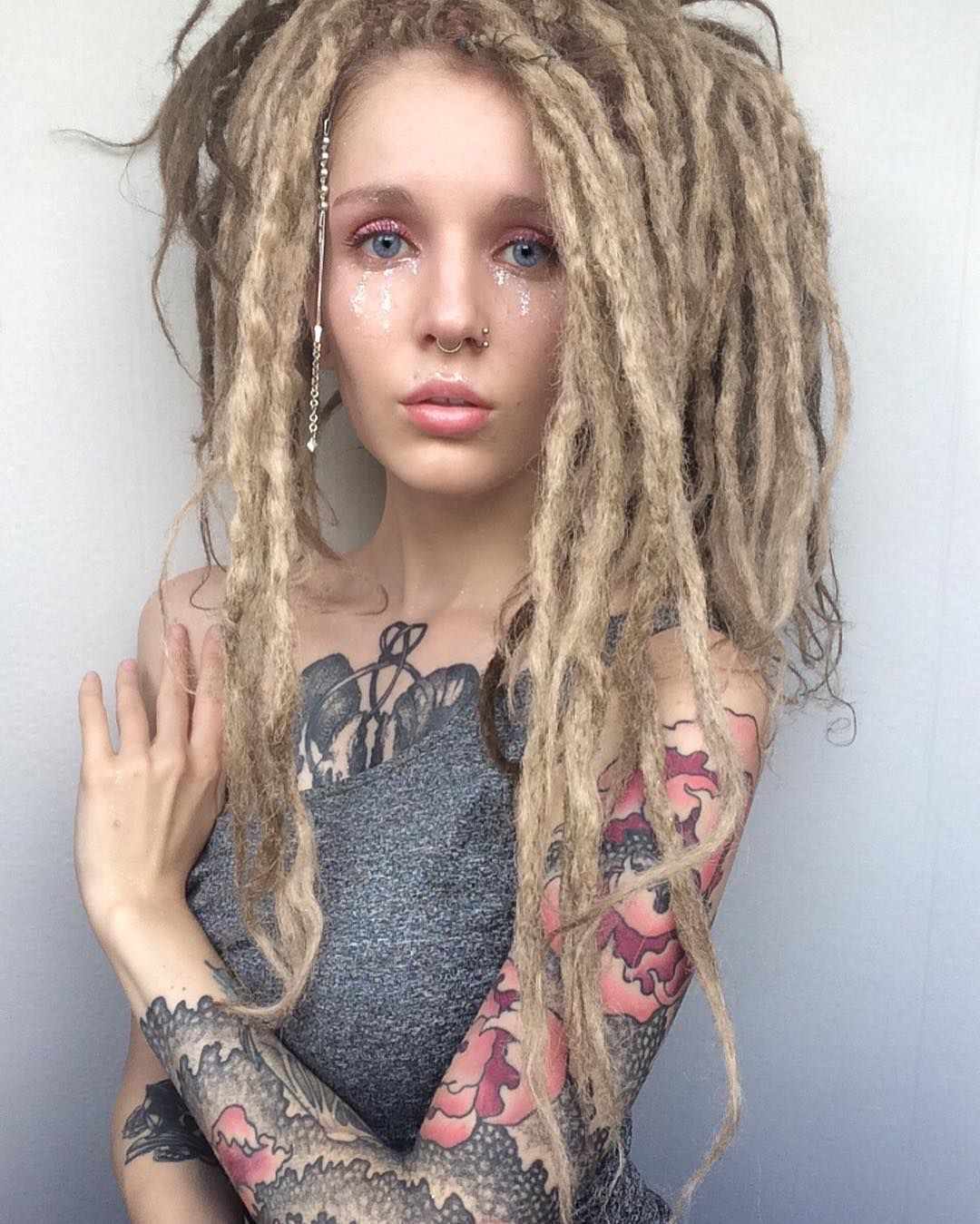 Dreadlocks • Фото и видео на Instagram Dreads Pinterest Liebe