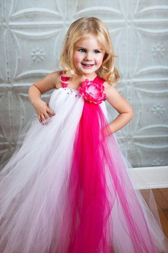 Нарядное платье из фатина для девочки   Платья, Платье с ...