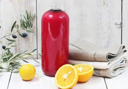 lessive liquide au savon de marseille fruit e une lessive liquide parfum e aux huiles. Black Bedroom Furniture Sets. Home Design Ideas
