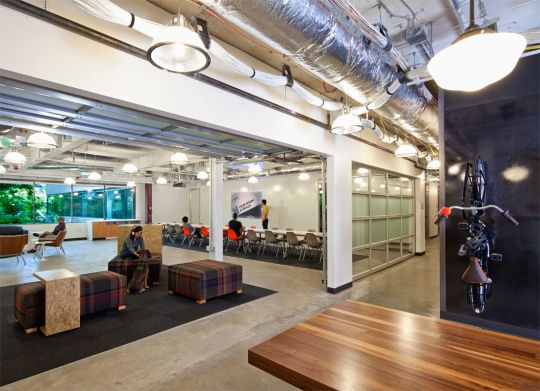 Office Tour: Microsoft\'s Garage of Innovation | Office spaces ...