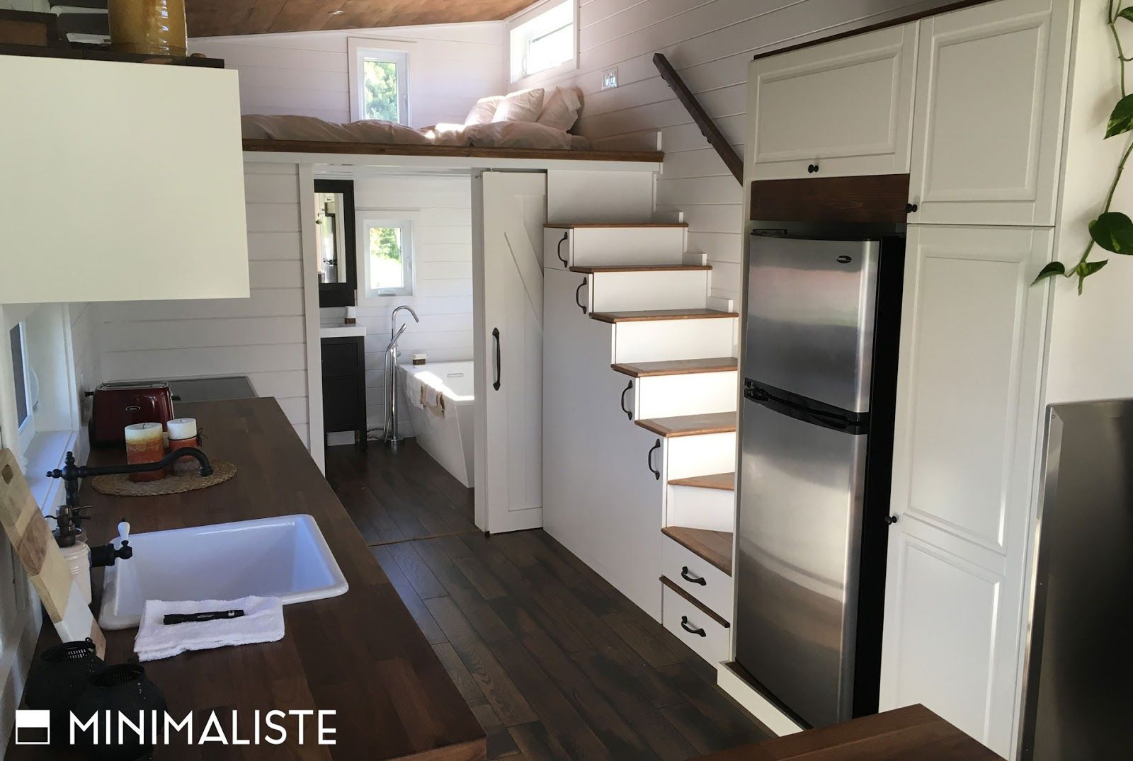The le chene the oak tiny house from minimaliste tiny for Minimaliste houses