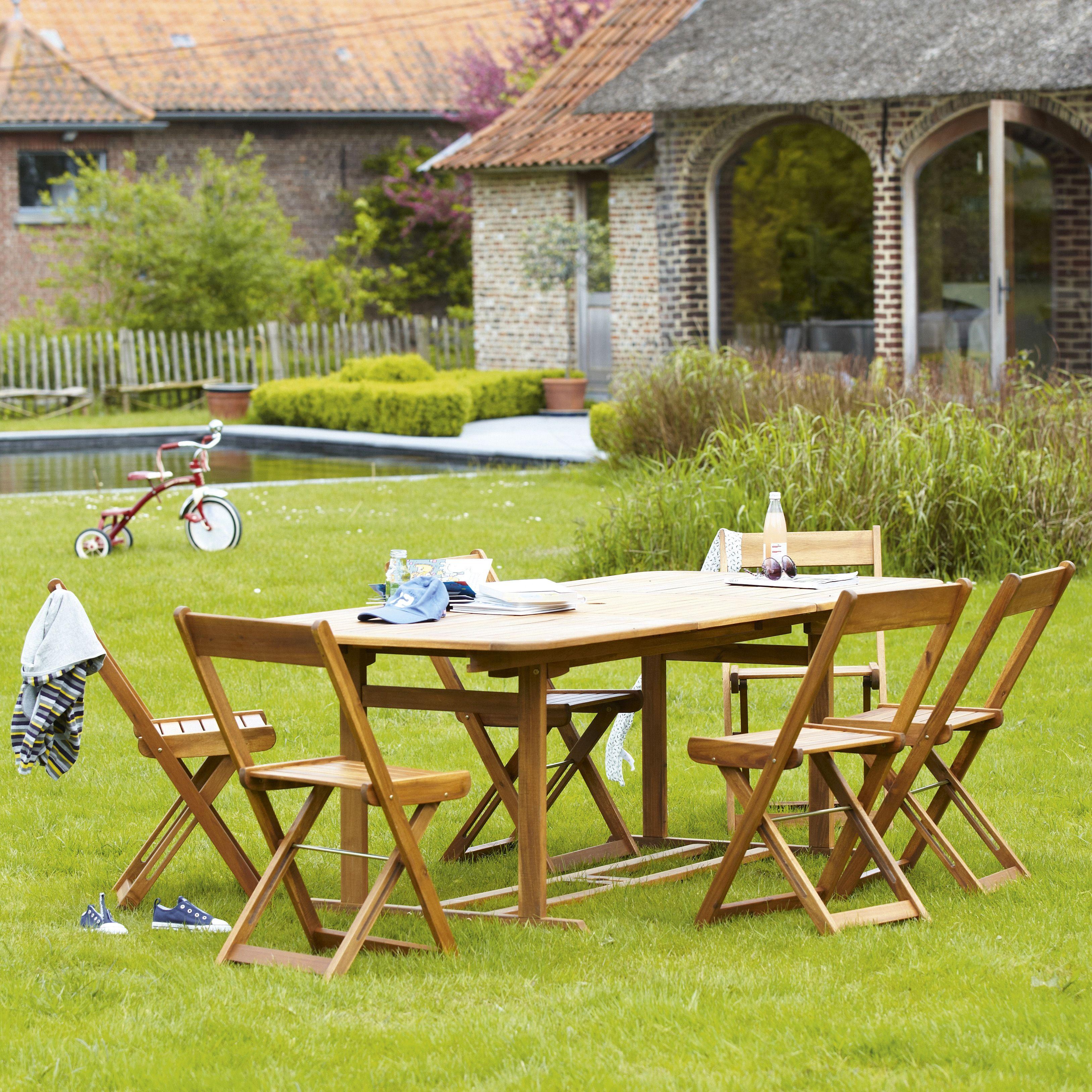 Une Table De Jardin Rectangulaire En Bois Pour Recevoir Toute La Famille Et Les Amis Leroymerlin Table Jardin Terra Table De Jardin Meuble Jardin Jardins