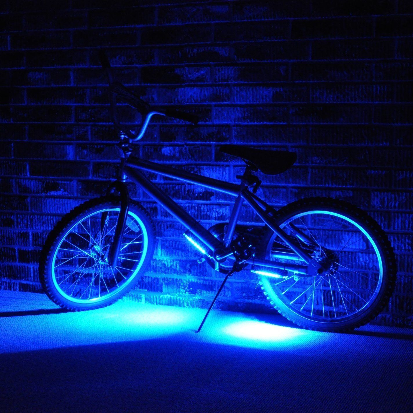 Pimp out your bike with Glow plasti dip
