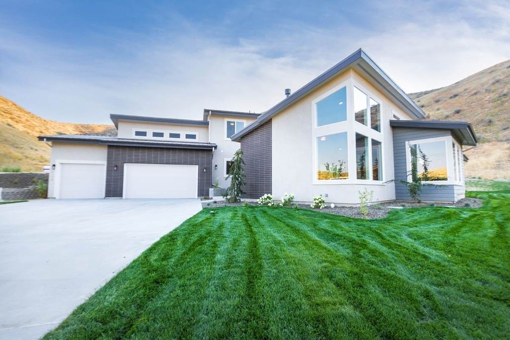 Collister Home For Sale Architecture Home House Styles