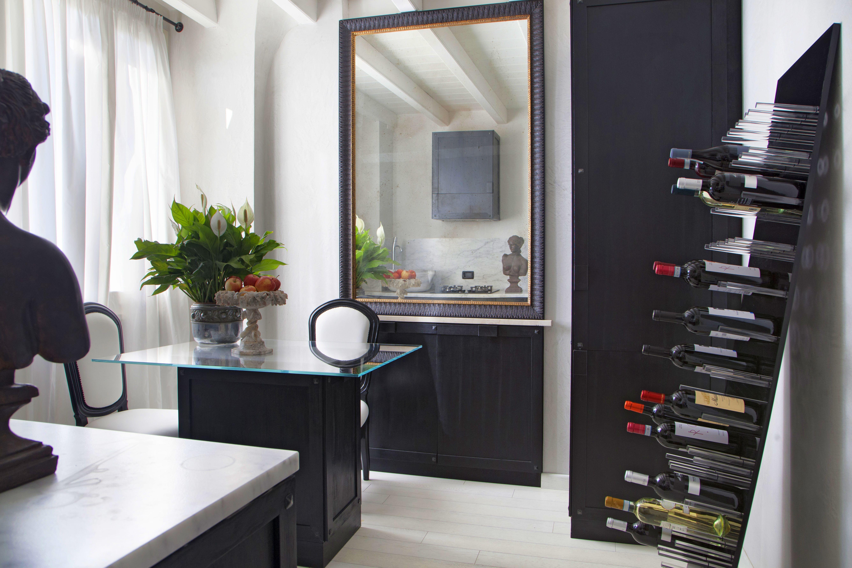 Aledivino un brand specializzato nella progettazione e - Accessori vino design ...
