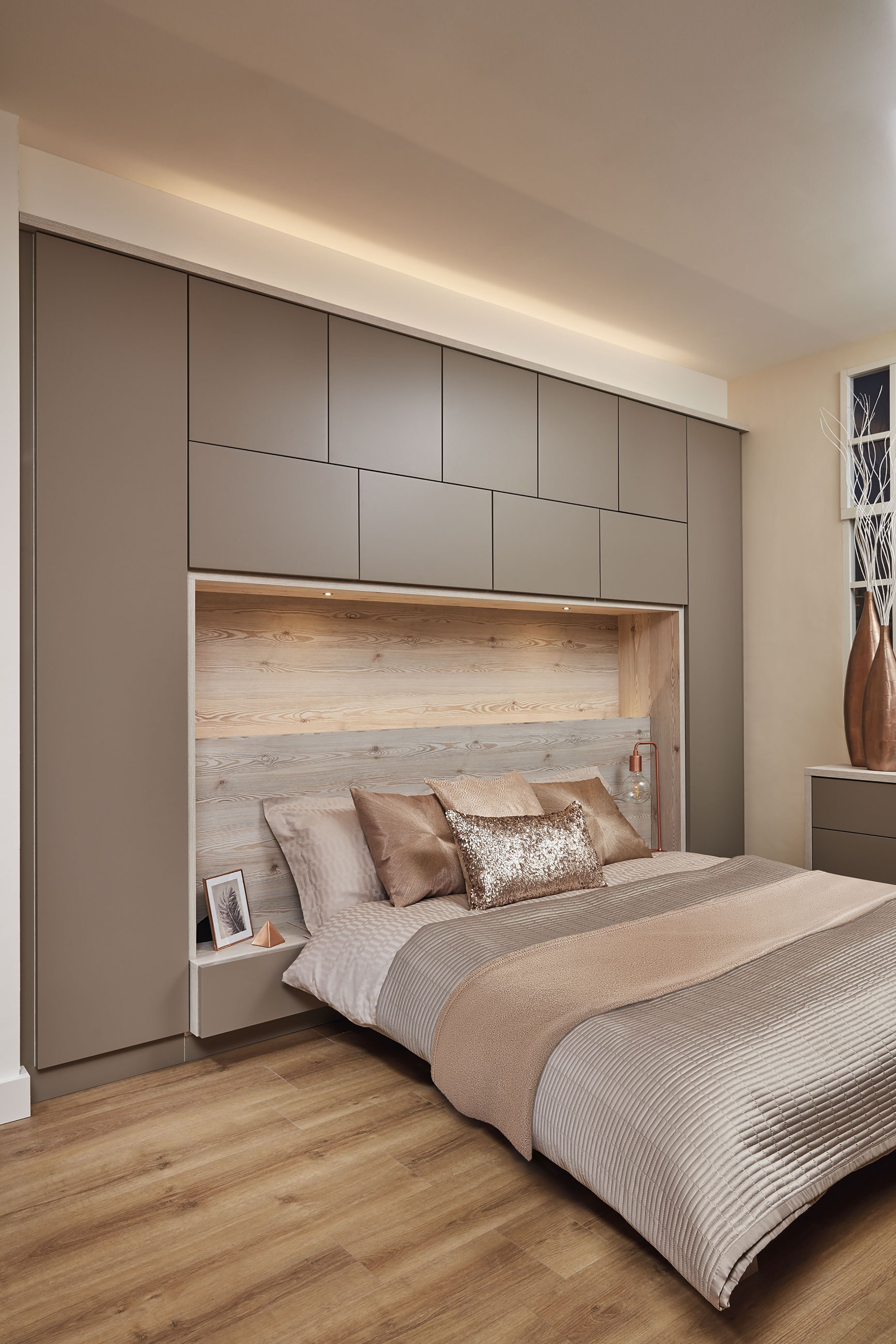 28 Interesting Rustic Storage Bed Design Ideas In 2020 With Images Modern Master Bedroom Design Small Master Bedroom Simple Bedroom