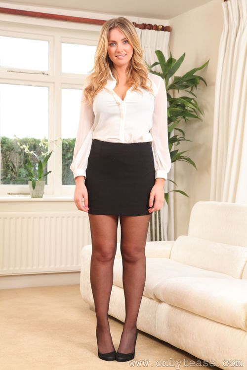 226f510e11 Gorgeous blonde in miniskirt, tights / pantyhose and heels Pantyhose Skirt,  Pantyhose Outfits,
