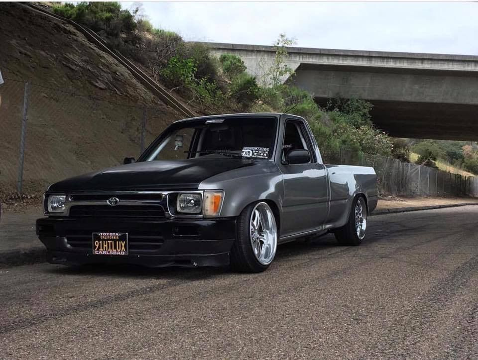 Toyota Tacoma Hilux MiniTruck Slammed Stance Tucked Fitment