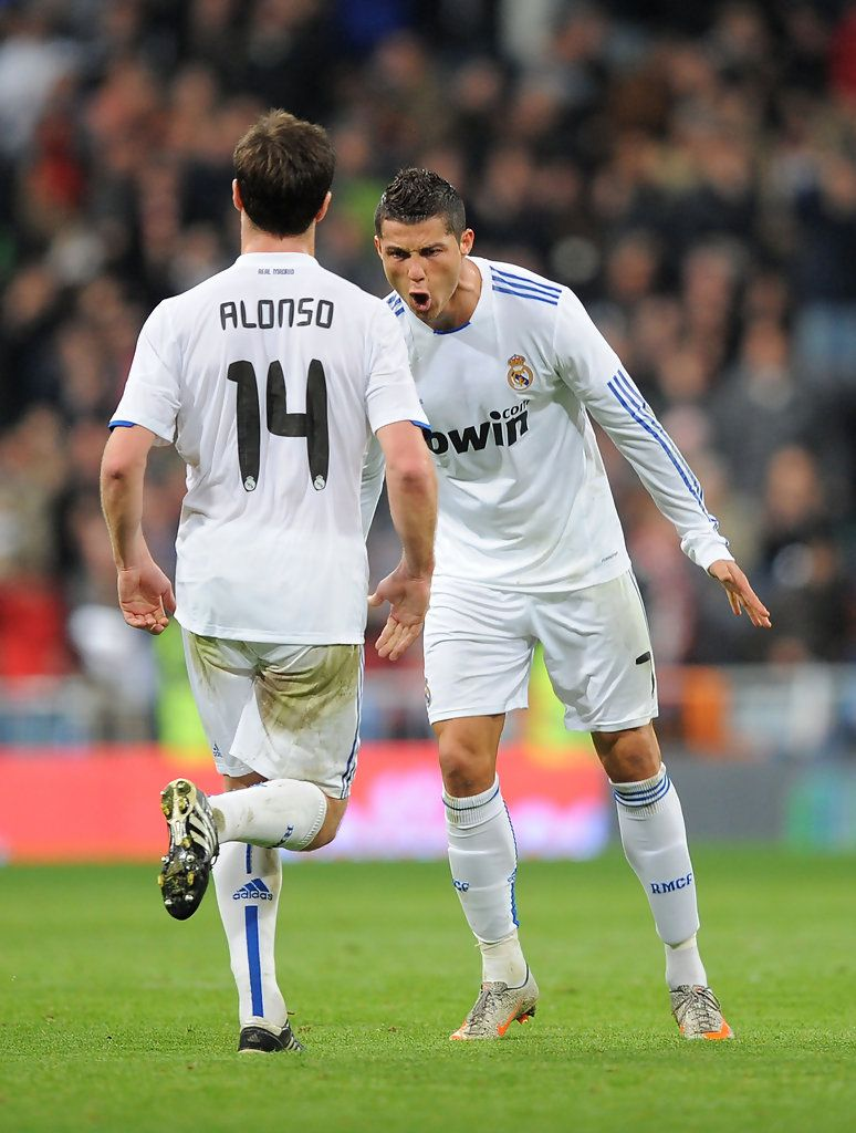 Xabi Alonso Photostream   Xabi alonso, Real madrid football, Real ...