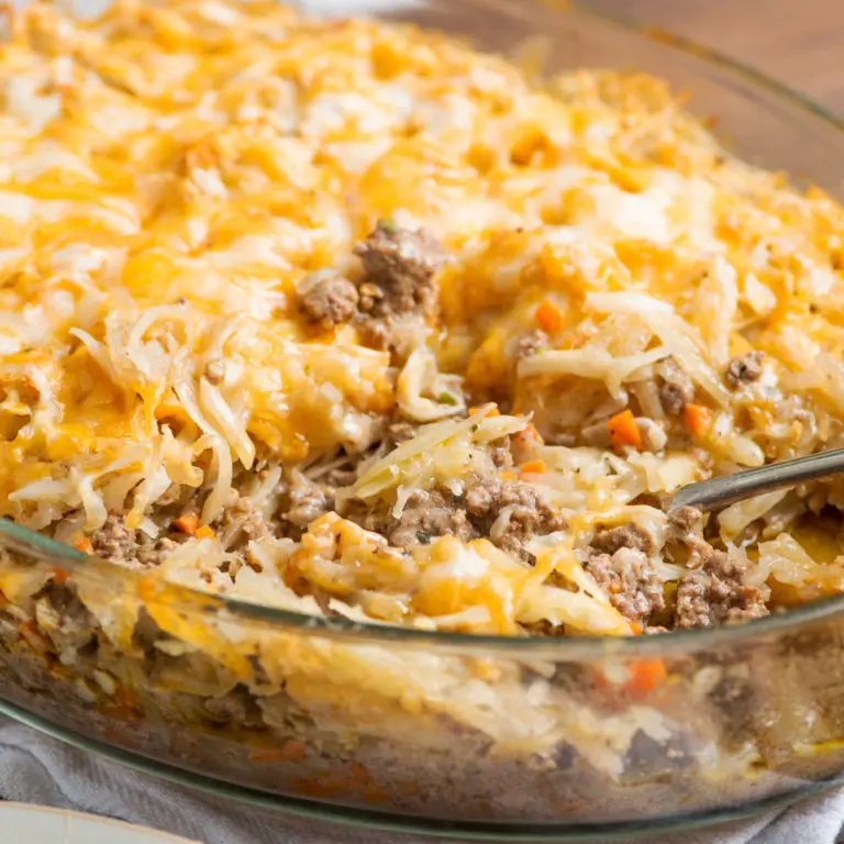 Cheesy Ground Beef And Hash Brown Casserole Recipe The Mom 100 In 2020 Beef Recipes Hash Brown Casserole Casserole Recipes