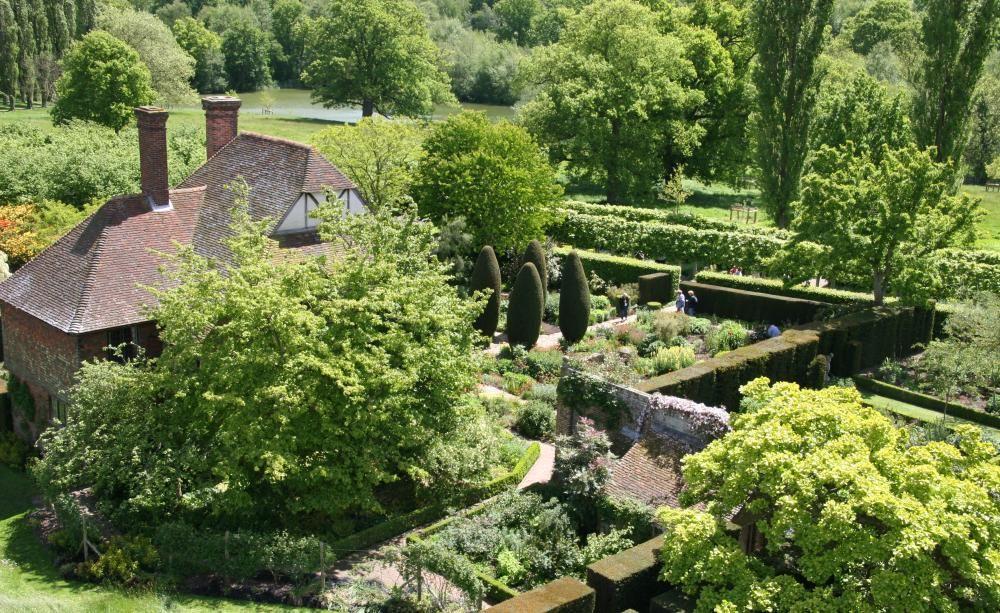 Weißer Garten Sissinghurst inspiration englischer garten gardens