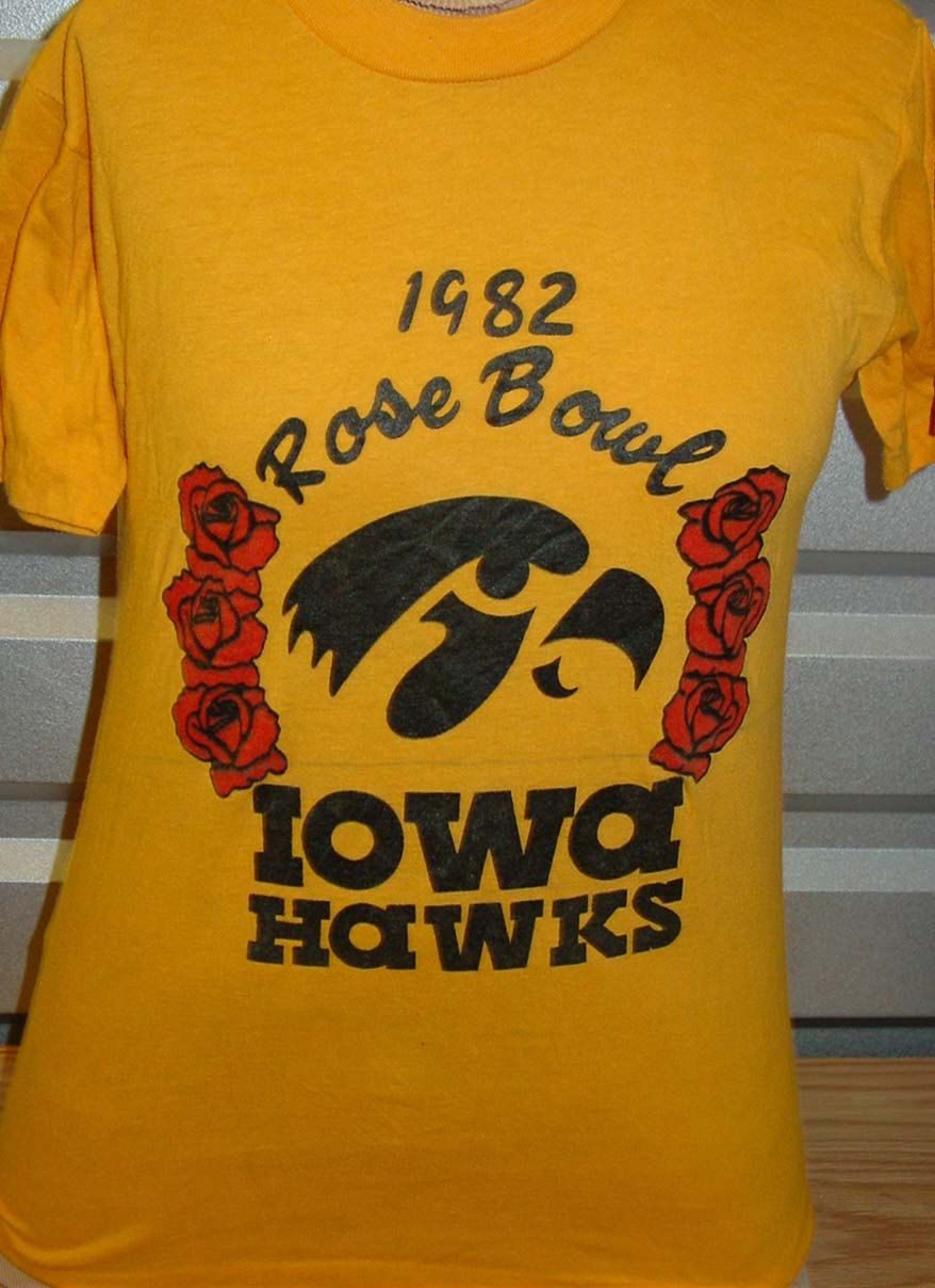 60d2ec46263 vintage 1982 Iowa Hawkeyes Rose Bowl football t shirt DAMAGED by  vintagerhino247 on Etsy
