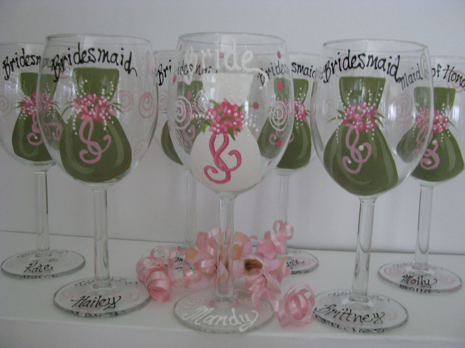 How to decorate wine glasses for bridesmaids - Hand Painted Wine Glasses Ideas Bridesmaid One Wine Glasses Bride Groom Hand Painted Bridal Party