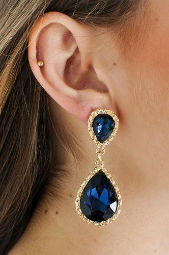 Sapphire Drop Earrings $24.99  http://www.kikilarue.com/sapphire-drop-earrings/