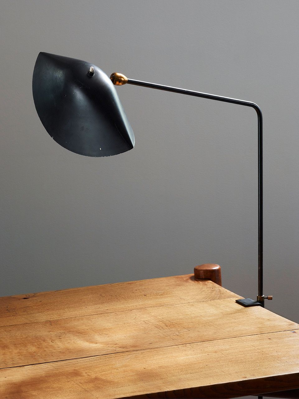 Lampe  Agrafe  simple, 1957. Serge Mouille ...