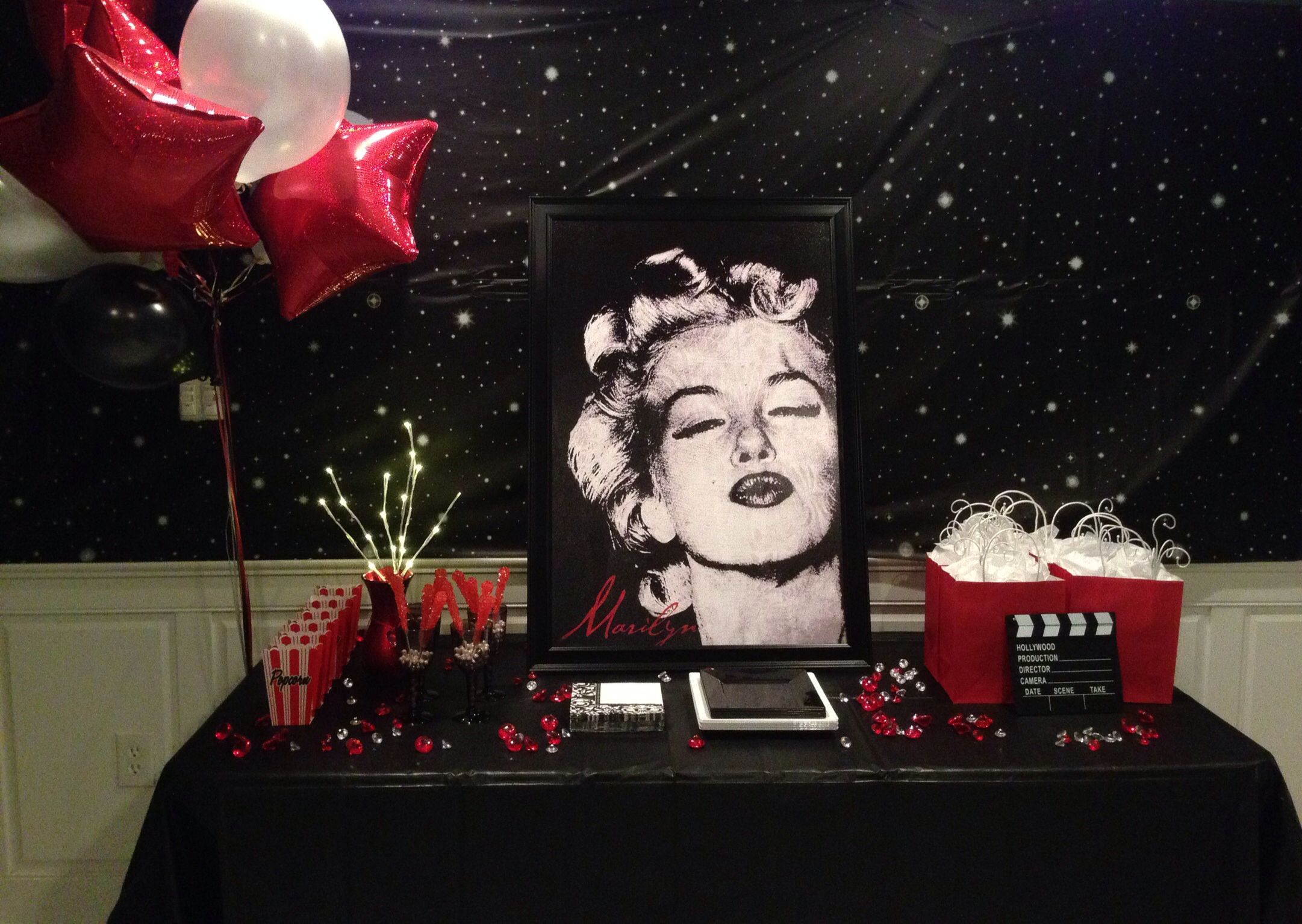 Marilyn Monroe Party Theme Marilyn Monroe Birthday Hollywood Party Decorations Party Themes