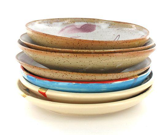 plates from madaboutpottery on etsy. Gittit Rad-el