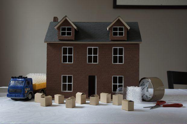 Como fazer uma casa de bonecas de papelão