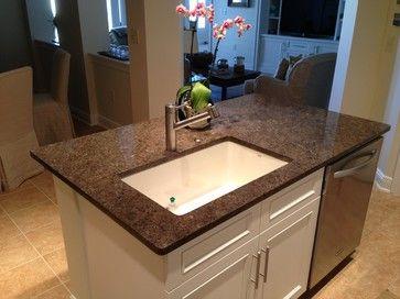 Labrador Antique Granite: Gorgeous Muted Kitchen   Traditional   Kitchen    Other Metro   Belmarmi
