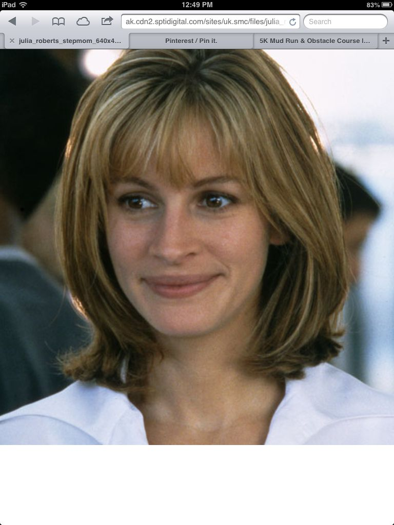julia roberts medium face-framing layers with bangs | bobs