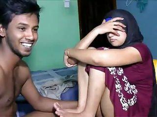 Kandy Mädchen Sex