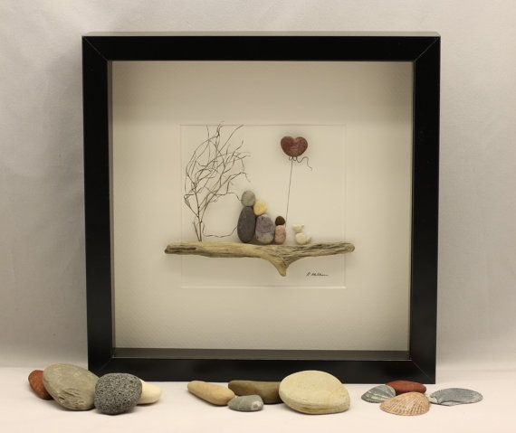 pebble art picture couple sat on a bench valentine 39 s gift pebble art heart dawanda stein. Black Bedroom Furniture Sets. Home Design Ideas