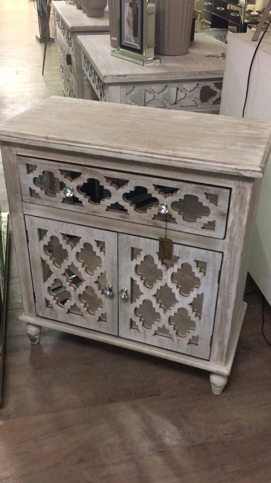 Hampton Mirrored 1 Drawer 2 Door Cabinet Natural Washed Ash 1