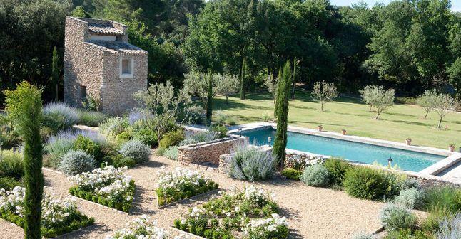 Comment aménager un jardin méditerranéen ?   Jardin ...
