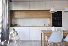 Resultado De Imagen De Mala Nowoczesna Kuchnia Z Oknem Kitchen Interior Kitchen Room Design Kitchen Design